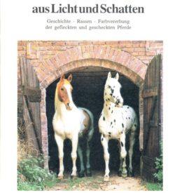 Pferde aus Licht und Schatten